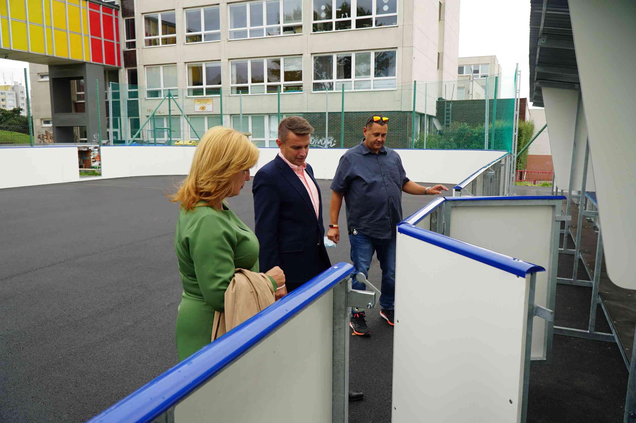 Nové ihrisko na Majerníkovej už slúži hokejbalistom