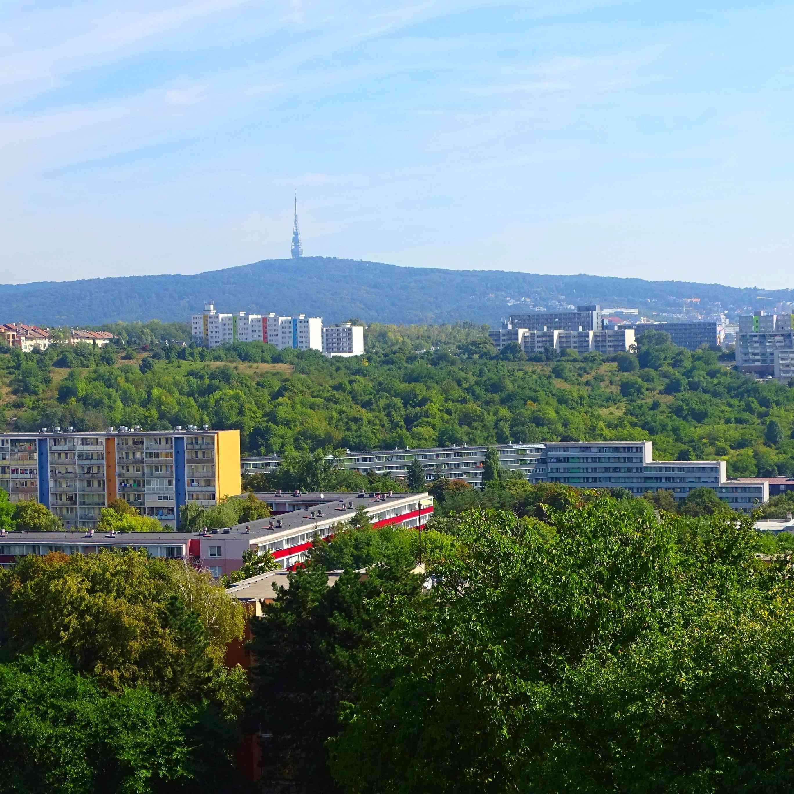 Karlova Ves vyhlásila dlho očakávanú stavebnú uzáveru vzóne Líščie údolie