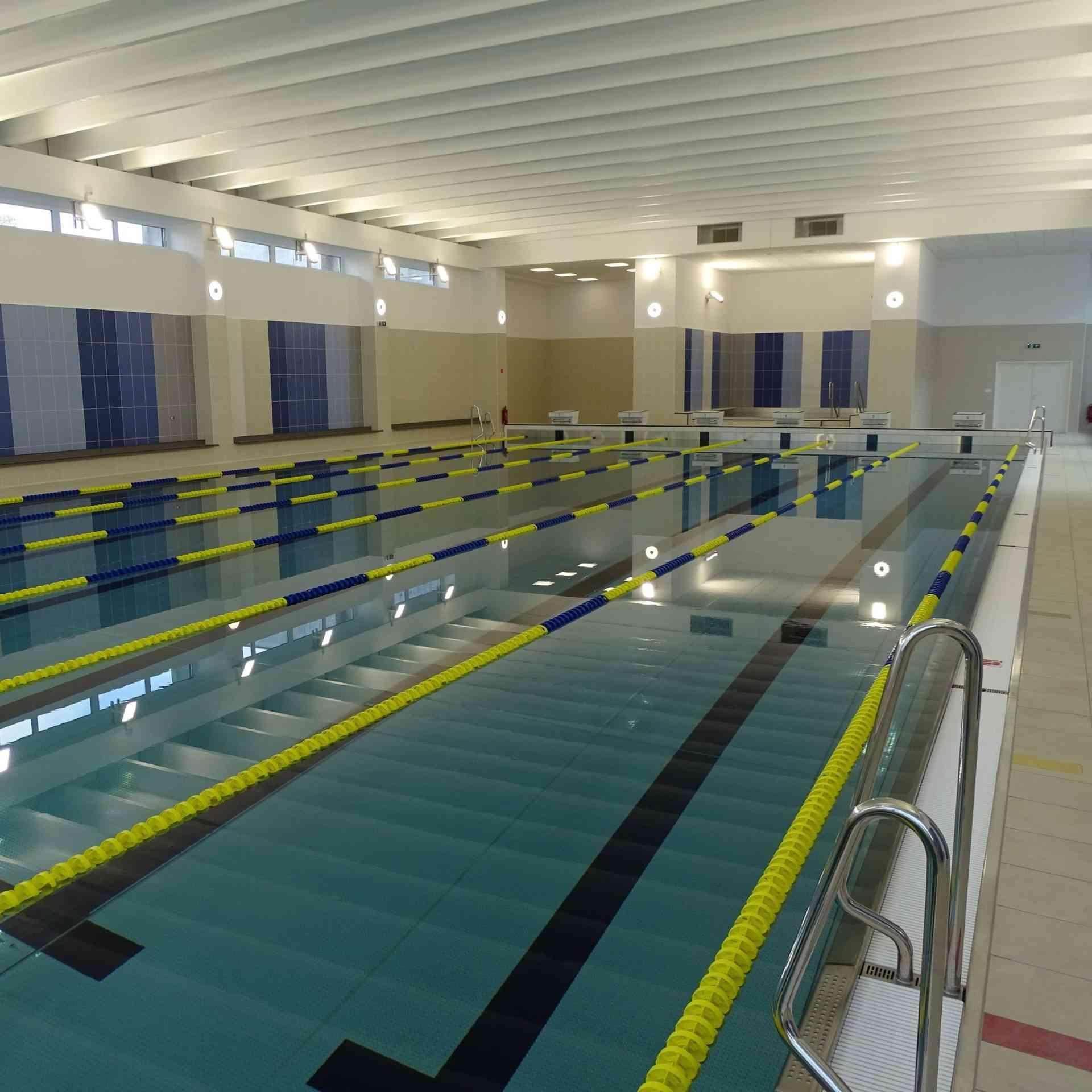 Karlova Ves otvorila novú plaváreň