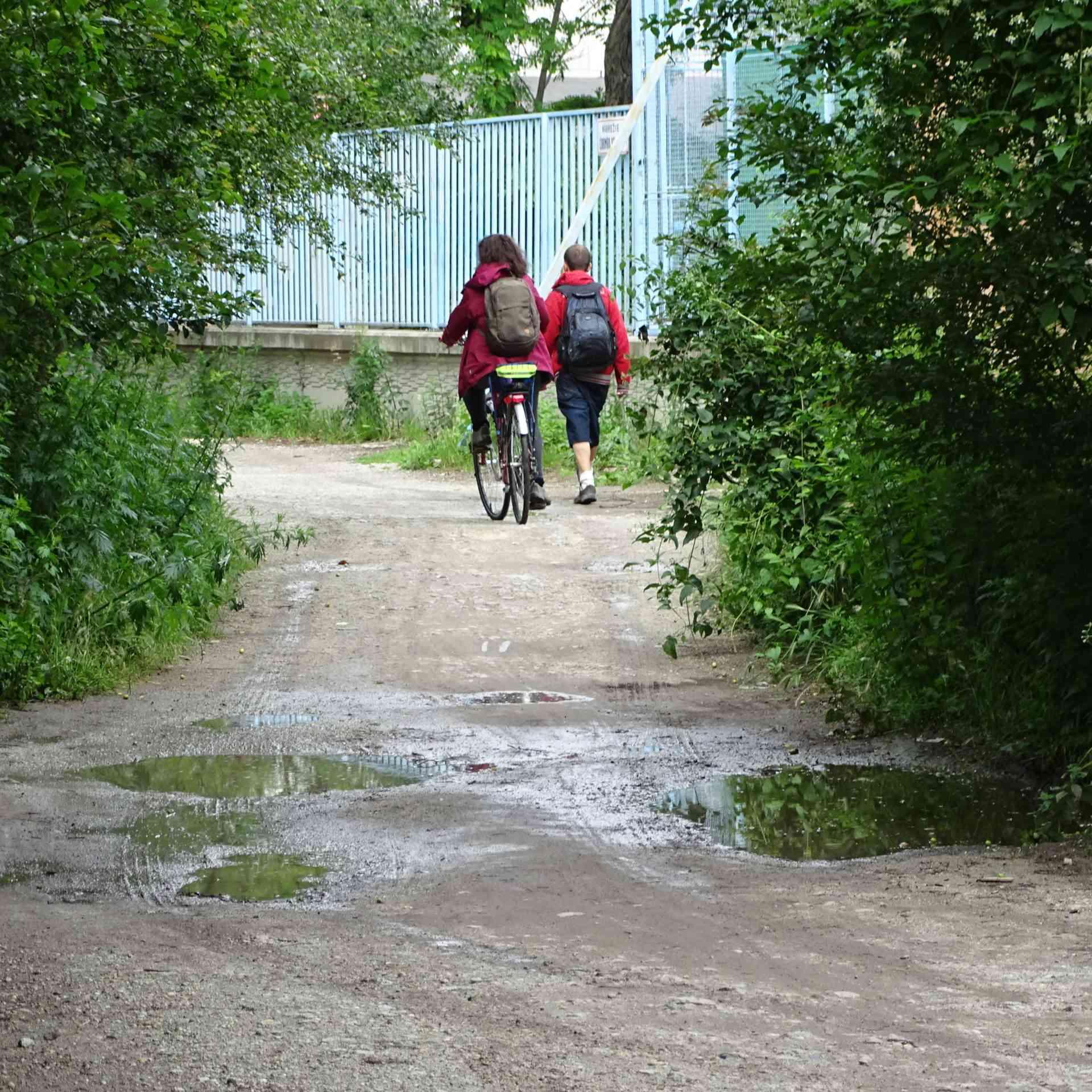 Dočkajú sa Karlovešťania od mesta vybudovania cyklotrasy v zátoke?