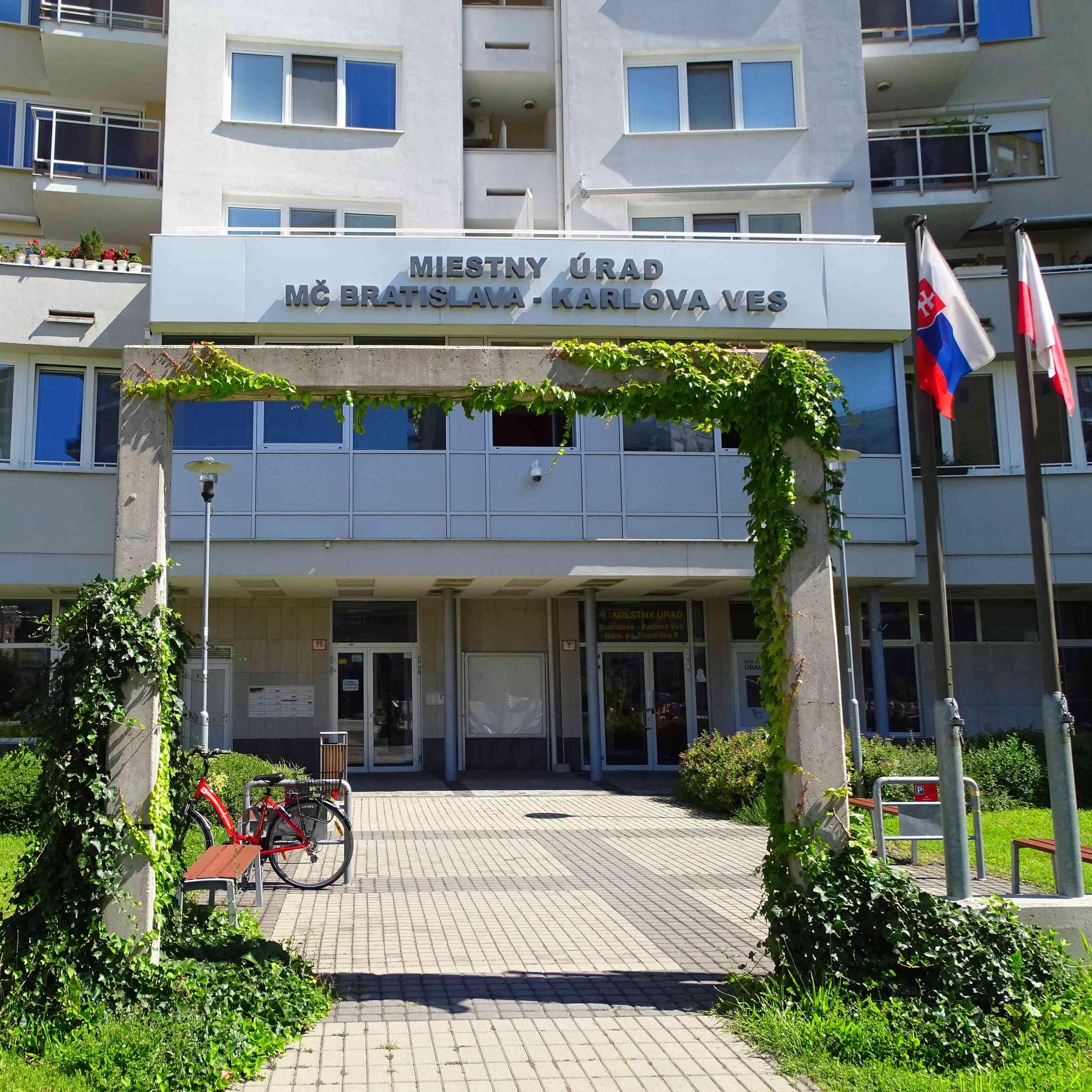 Miestny úrad hľadá referenta pre financie na oddelenie školstva