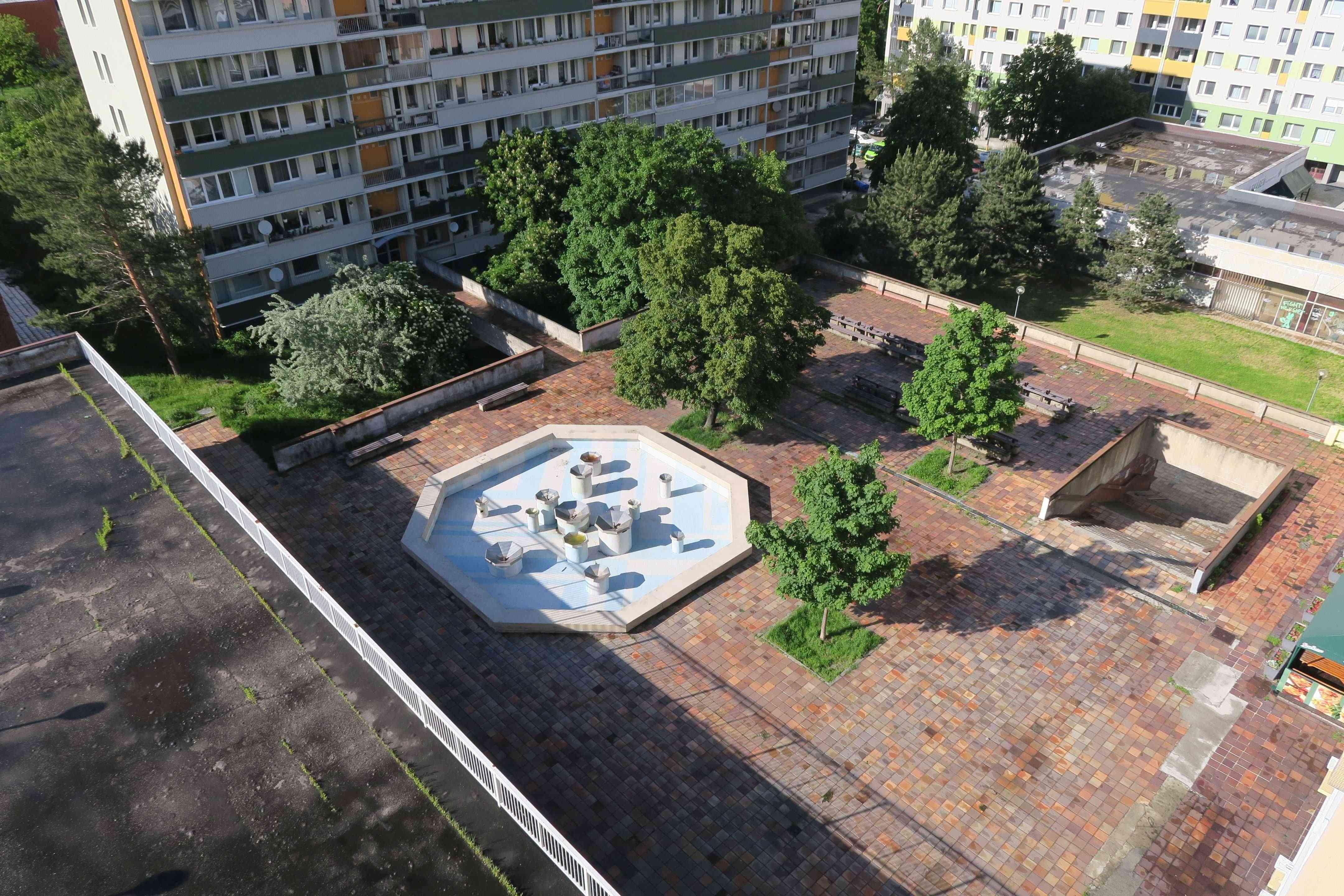 Obyvatelia sa vyjadrili k príprave revitalizácie Jurigovho námestia