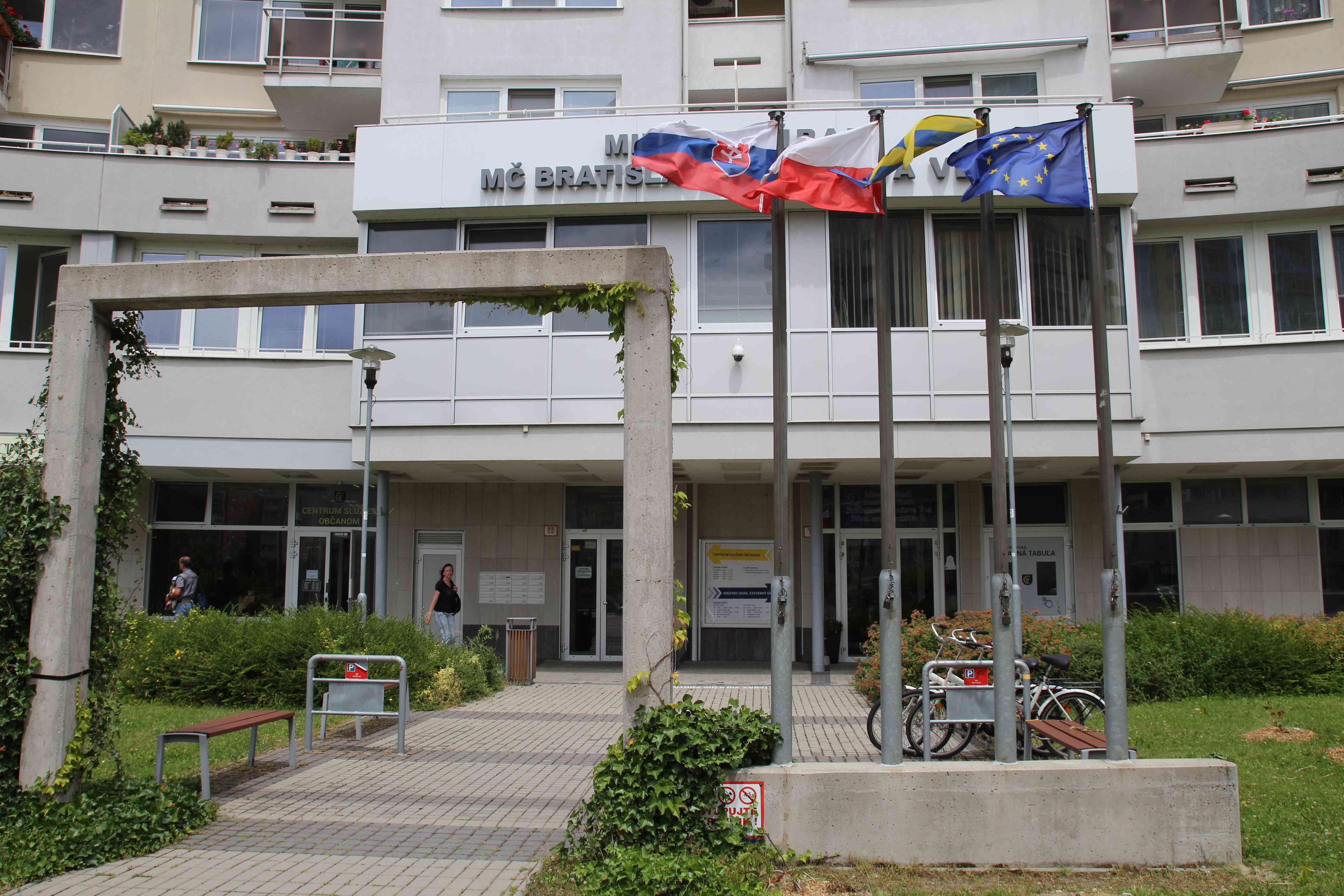 Miestny úrad Karlova Ves hľadá produkčného na oddelenie kultúry