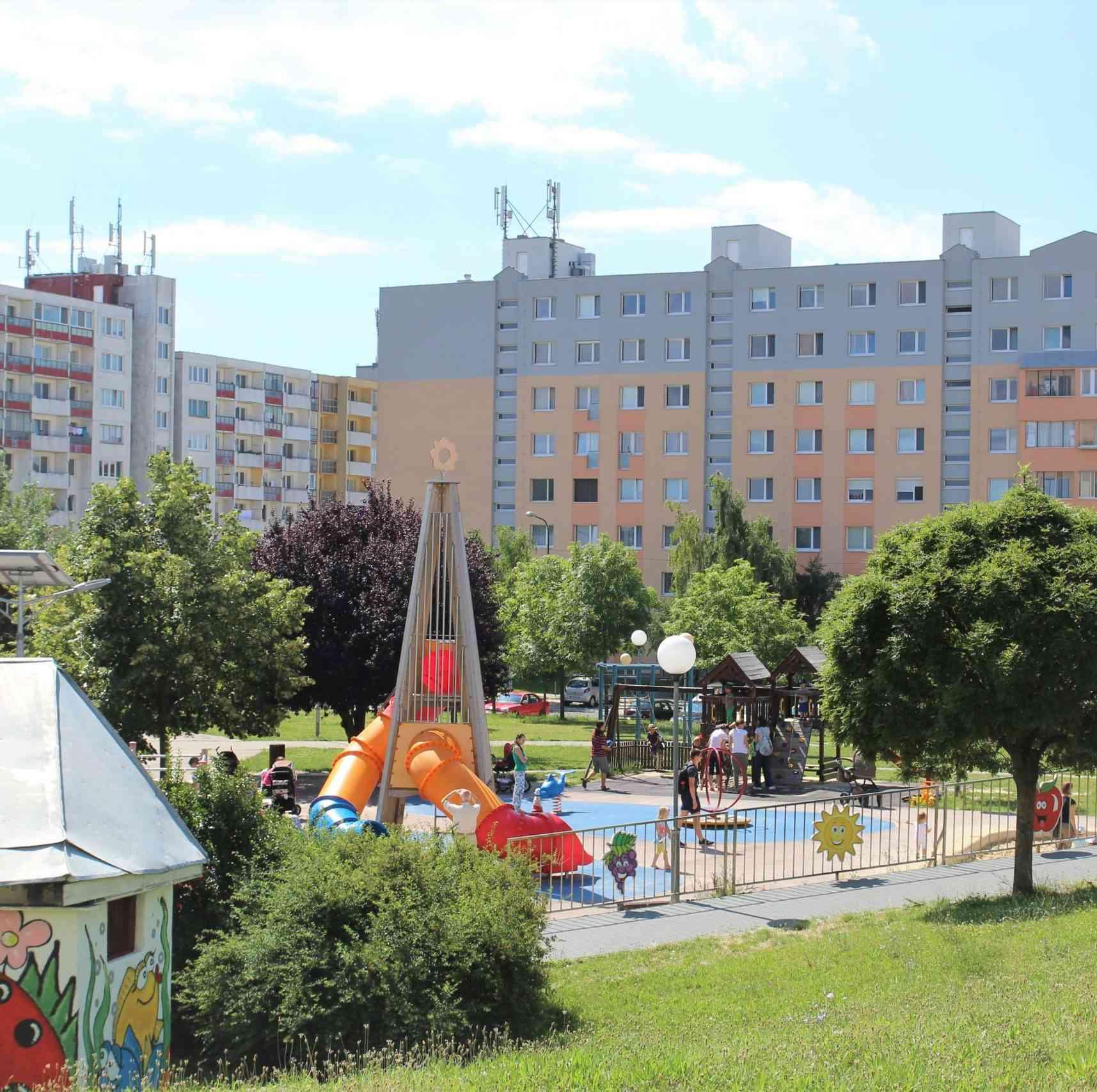 Karlovešťania vystavia mestskej časti vysvedčenie za klimatické opatrenia